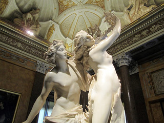 Bernini's Apollo & Daphne (by: Verbunkos, creative commons)