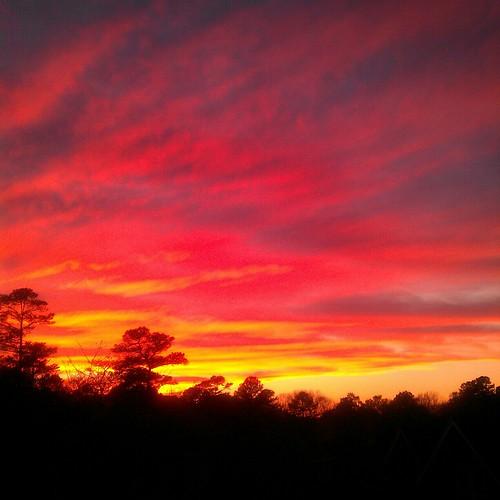 [フリー画像素材] 自然風景, 空, 雲, 朝焼け・夕焼け, 赤色・レッド ID:201302211600