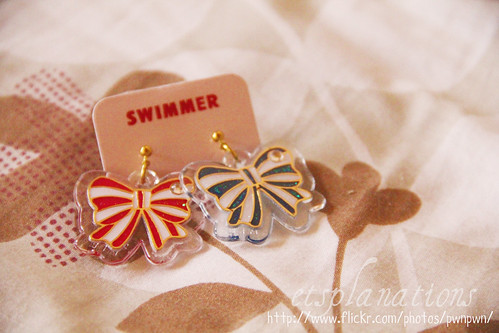 SWIMMER ribbon earrings