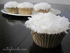 Coconut Cupcakes AH