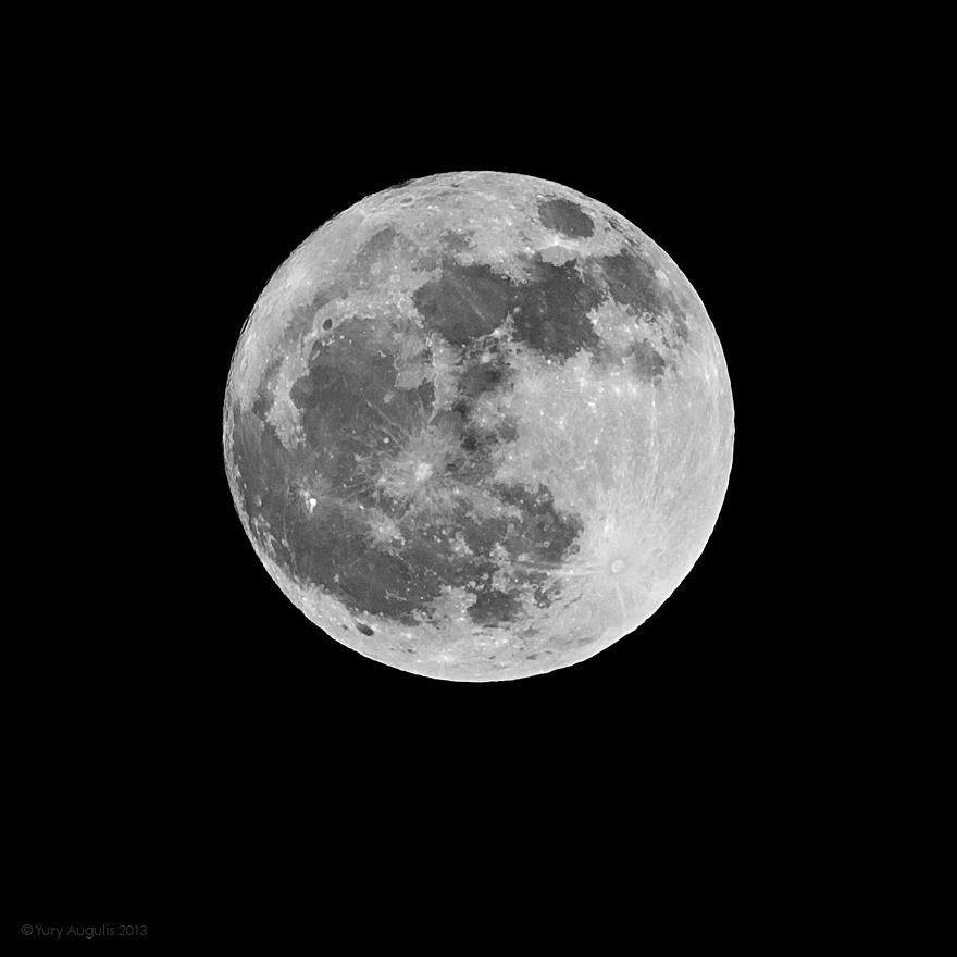 Moon 25-02-2013