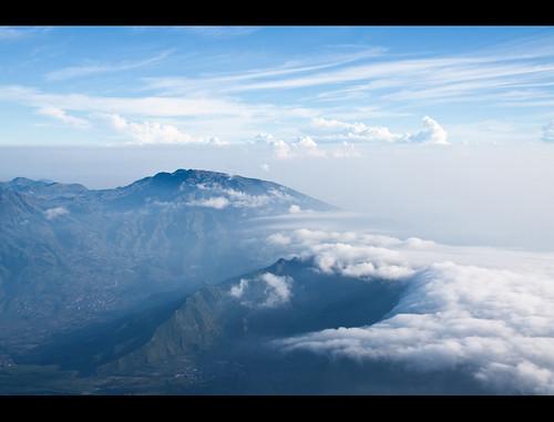 mountain mountains clouds indonesia volcano java aerialview jawa indonesian diengplateau centraljava dieng sindoro