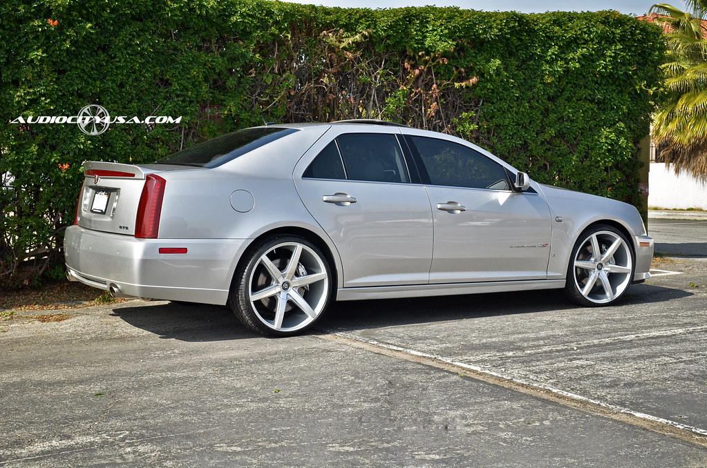 22 Quot Lexani R Six Silver On Cadillac Sts V Supercharged