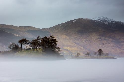 morning mist sunrise scotland unitedkingdom burial glencoe loch isles levin ballachulish clans