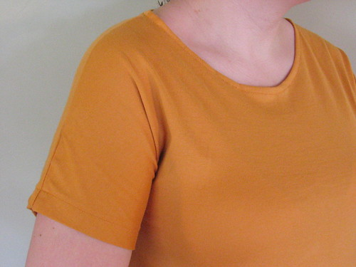 Orange maternity shirt sleeve