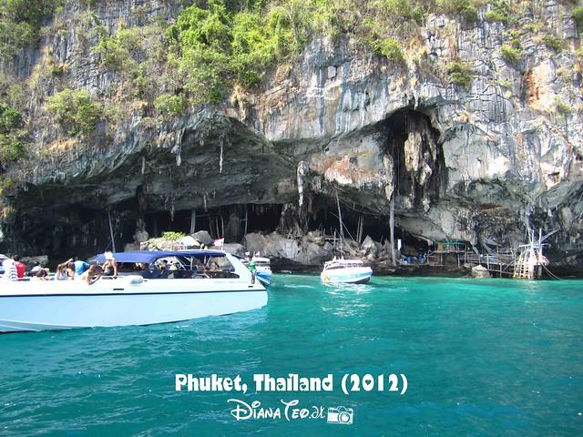Phi Phi Island - Viking Cave 01