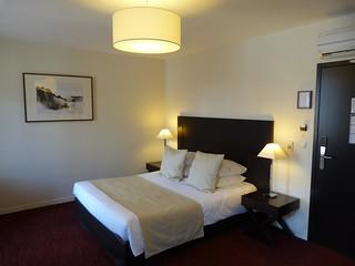 Nuestra habitación en el Hotel Burgevin (Sully-sur-Loire, Francia)