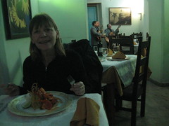 2013-01-cuba-047-havana-restaurant hanoi