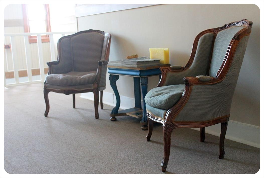 yendegaia hosteria porvenir chairs