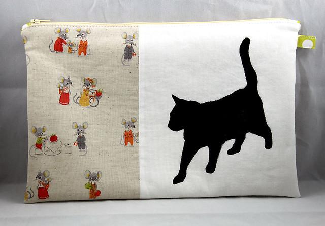 Cat & Mouse pouch