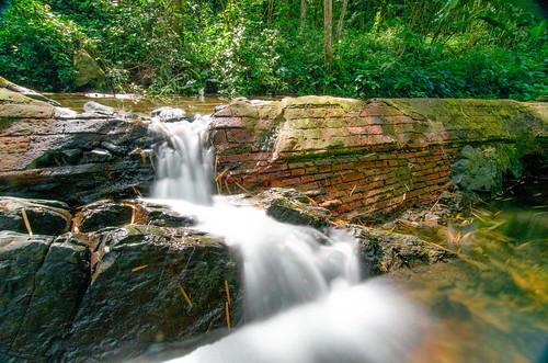 stream puertorico maricao brickdam