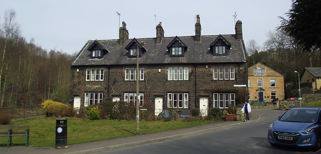 Fielden terrace todmorden british listed buildings the for Terrace 6 pub indore