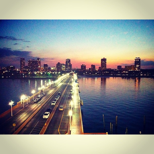 Вид на вечерний Санкт-Петербург (Флорида) #florida #usa #stpete