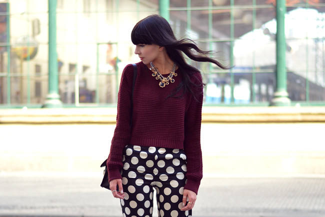 Topshop dots burgundy outfit blogger CATS & DOGS fashion blog 1