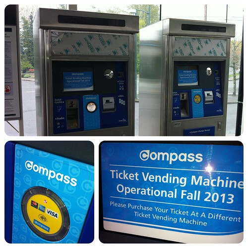 compass card TVM at 29th Avenue