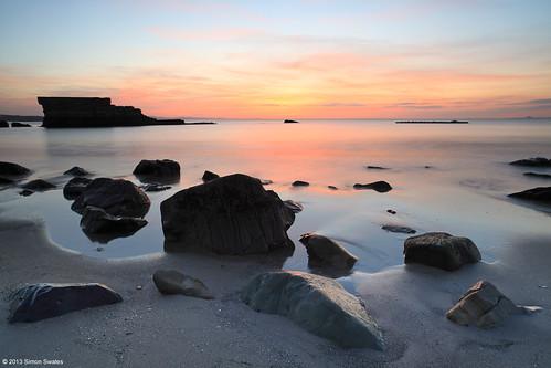 beach zeiss sunrise reflections dawn coast scotland rocks fife availablelight coastal northsea ze firthofforth gloaming kirkcaldy bythesea seafield leefilters 536am canoneos5dmkii distagont2821 distagon2128ze