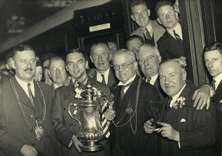 Greeting Sunderland's FA Cup winning team, 1937