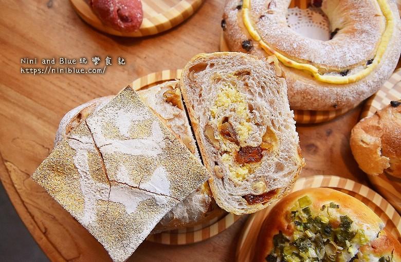 歐客佬咖啡麵包甜點太原路41
