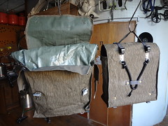 furniture(0.0), handbag(0.0), drum(0.0), suitcase(0.0), bag(1.0), wood(1.0), room(1.0), baggage(1.0),