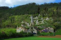 L'église de la Raynaude et son chemin de croix (Le Mas d'Azil/Ariège)