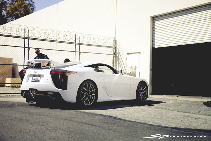 Lexus LFA (475/500) comes in for a basline dyno