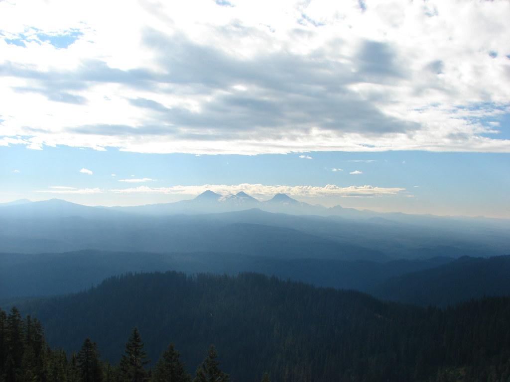 Black Crater, Belknap Crater, the Three Sisters, Mt. Bachelor and The Husband