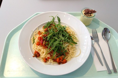 Spaghetti mit Balsamico-Linsen & Rucola / Spaghetti with balsamico lentils & rucola
