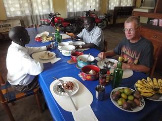 Almoço no Centro Diocese de Aru, RDC