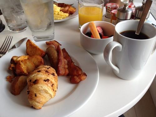 b Ocean breakfast