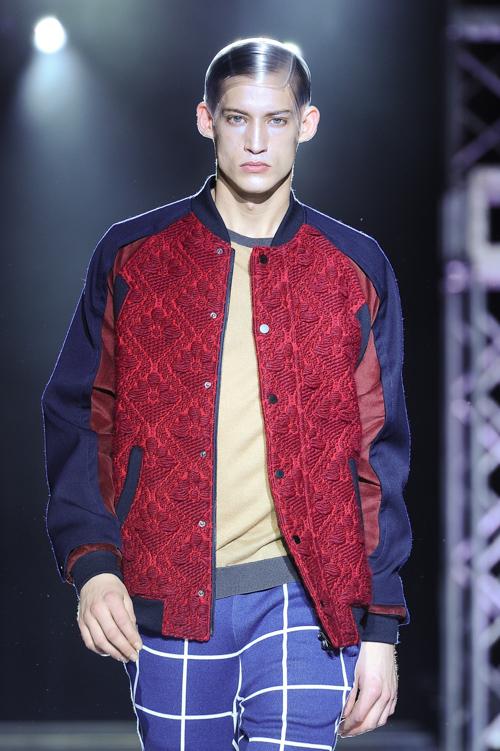 FW13 Tokyo yoshio kubo010_Henrry Evans(Fashion Press)