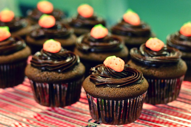 Old Fashioned Chocolate Cupcakes