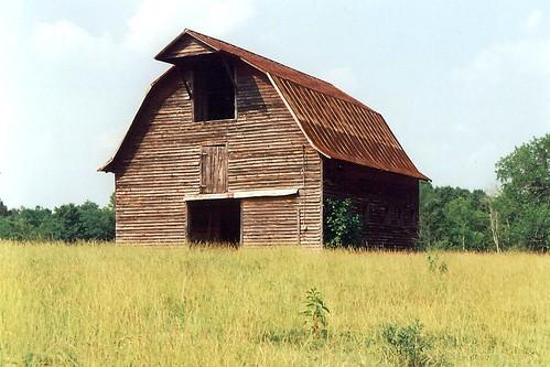 barn virginia gone haybarn us15 mecklenburgcounty livestockbarn gambrelroofbarn