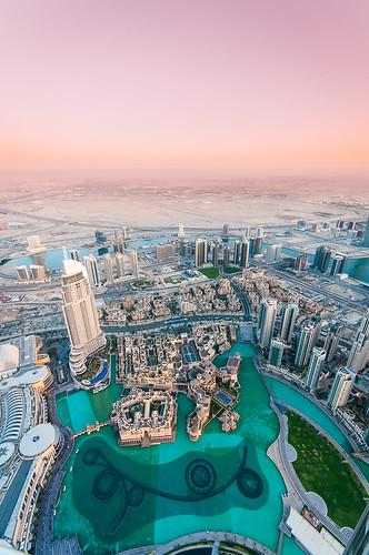 pink sunset sky green water skyline buildings landscape dubai uae wideangle unitedarabemirates sigma1020mm nikond5000 burjkhalifa