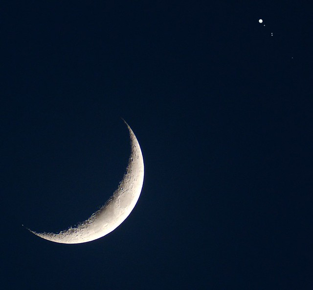 Moon and Jupiter 2013-04-14