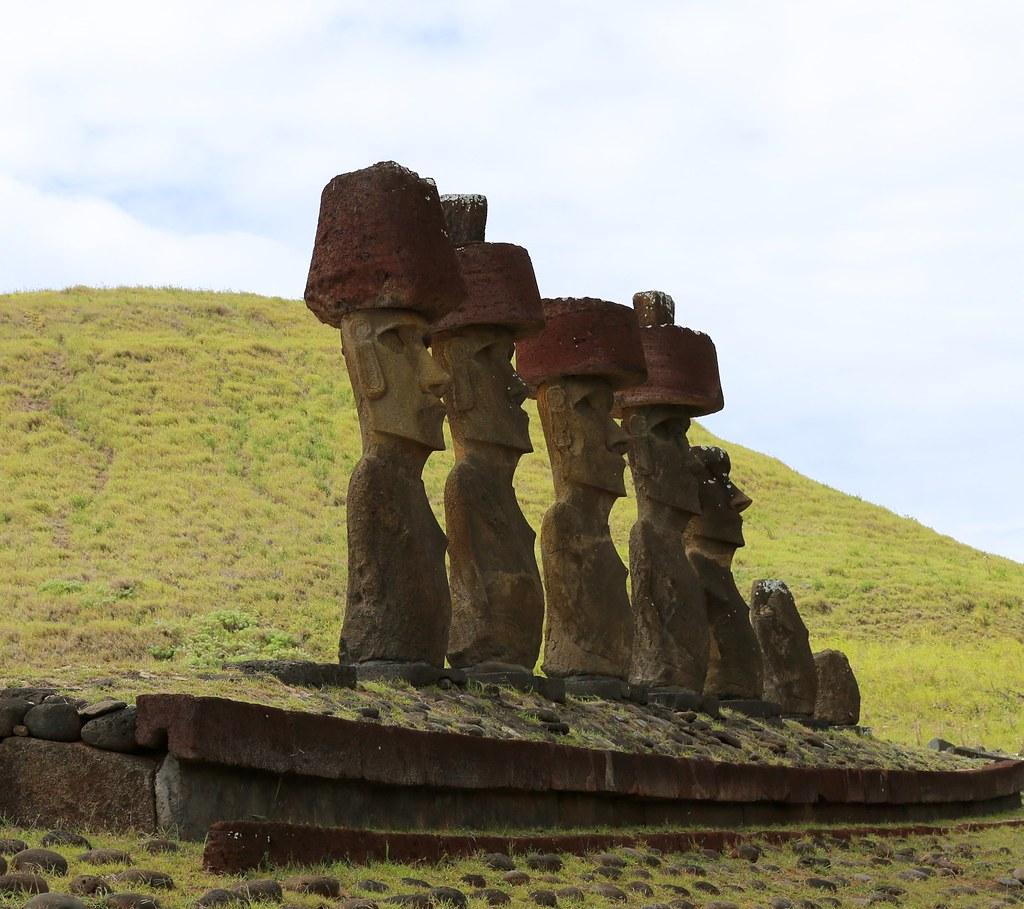 Easter Island Beaches: Easter Island : FUN-damentals By Susan Clarke