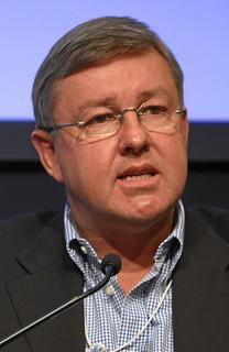 Marthinus van Schalkwyk, Ministro de Turismo.
