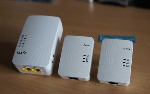 ZyXEL   500 Mbps Powerline Wireless N Extender