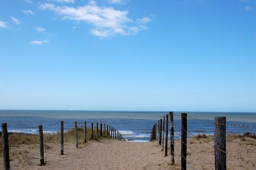 Via de duinen naar het strand, Explored 20-4-2013