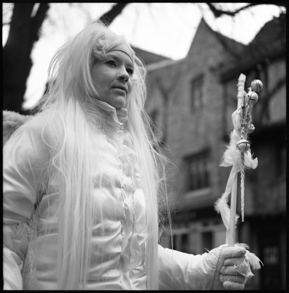 Living Statue | The Lunchtime Portraits