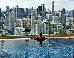 I could stay out there all day! Saturdays are for :swimmer::sun_with_face::bikini::sleeping::sweat_drops:! :kissing_heart: #bangkok