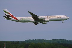 406ag - Emirates Airbus A340-500; A6-ERF@ZRH;01.05.2006