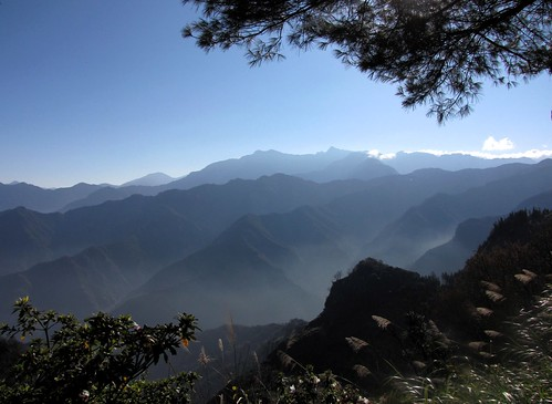 sky mountain mountains beautiful landscape scenery asia hiking scenic taiwan reserve peak landmark scene alpine range chiayi taiwanese alishan jademountain yushan eastasia montane centralmountainrange alishanreserve
