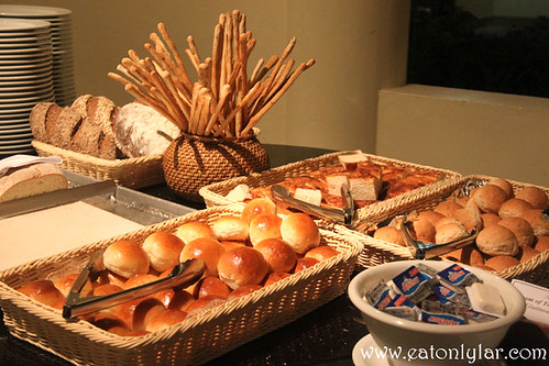 Bread Selection, Bandos Island Resort & Spa