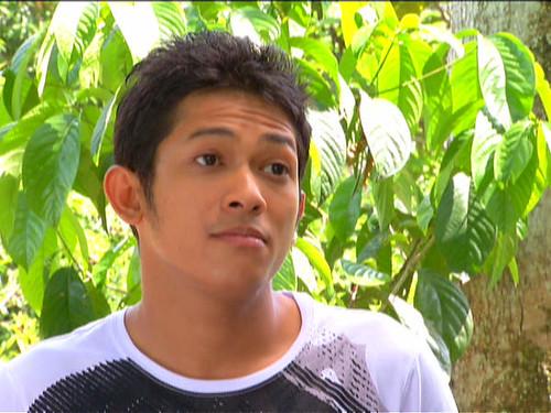 Johan Ashari watak Udin Glamor