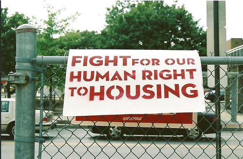 housing advocacy (by: ONE DC, creative commons)