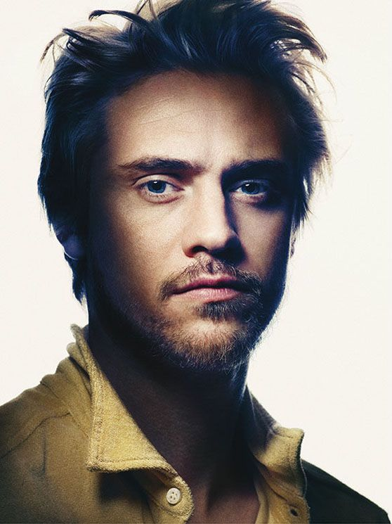Boyd Holbrook0103_Trussardi 1911 SS13(vogue.it via Flashbang @ The Fashion Spot)