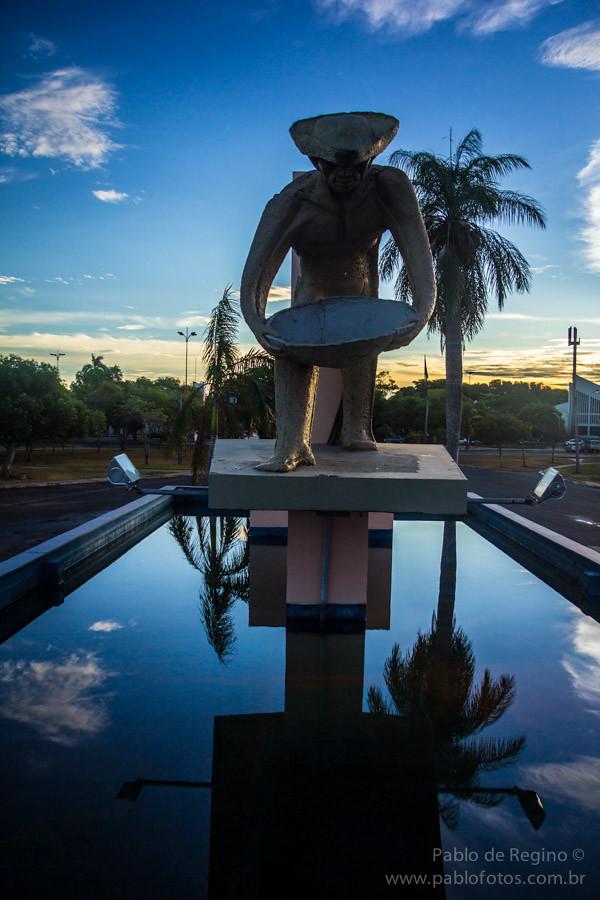 Foto Monumento ao Garimpeiro - Boa Vista