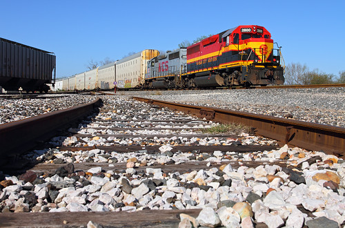 railroad train texas tx rosenberg kcs gp40 kansascitysouthern localfreight gp403 rosenbergsubdivision formernyc formernewyorkcentral kscno2800 up'srosenbergsubdivision