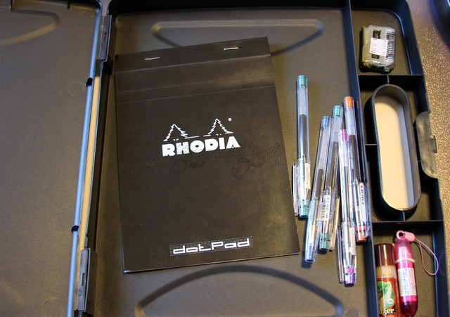 Officemate Portable Dry Erase Clipboard Insides