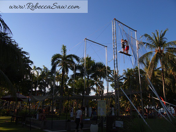 flying trapeze -Club Med Bali - rebecca saw